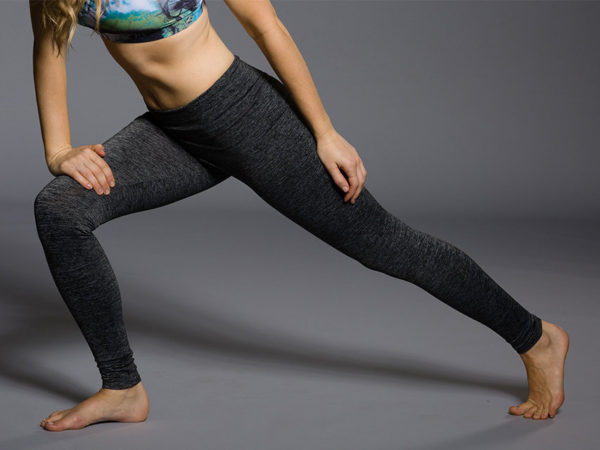 Onzie Long Leggings - Charcoal Heather Pose