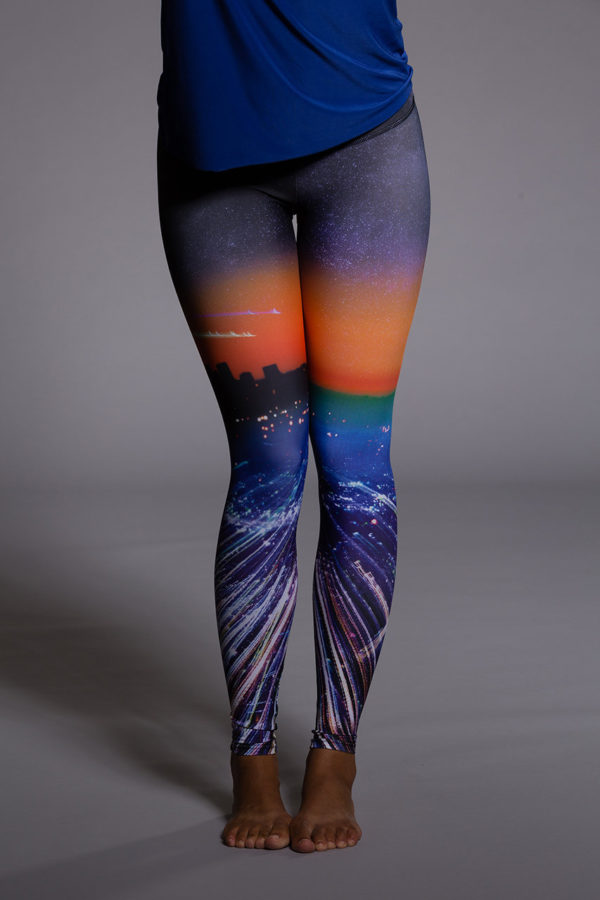 Onzie Graphic Leggings - City of Angels Front