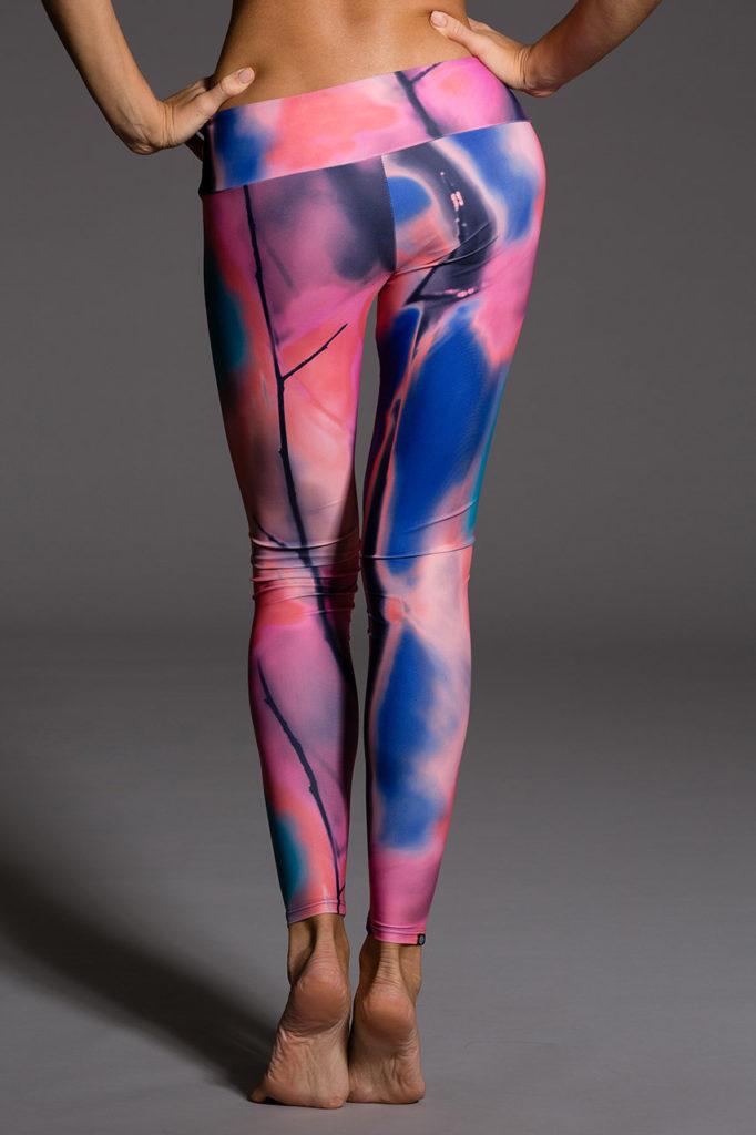 Onzie Long Legging - Chemistry Back