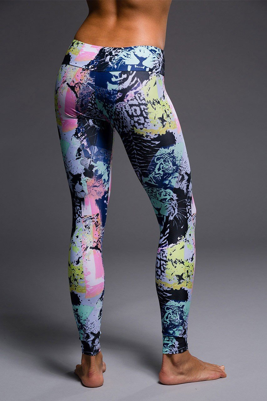 Onzie long legging jungle back